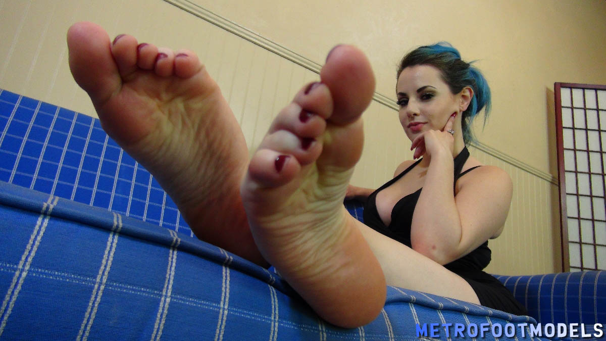 Nita chauhan making men's feet sexy